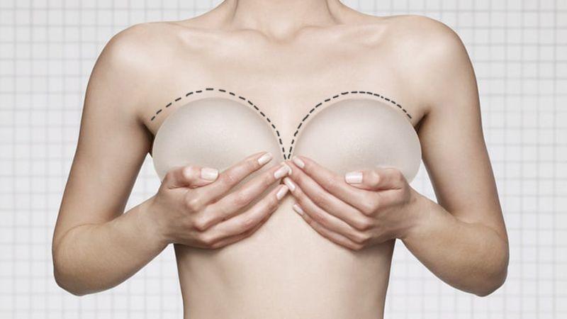 Jak získat pevnější a vetší prsa bez plastické operace